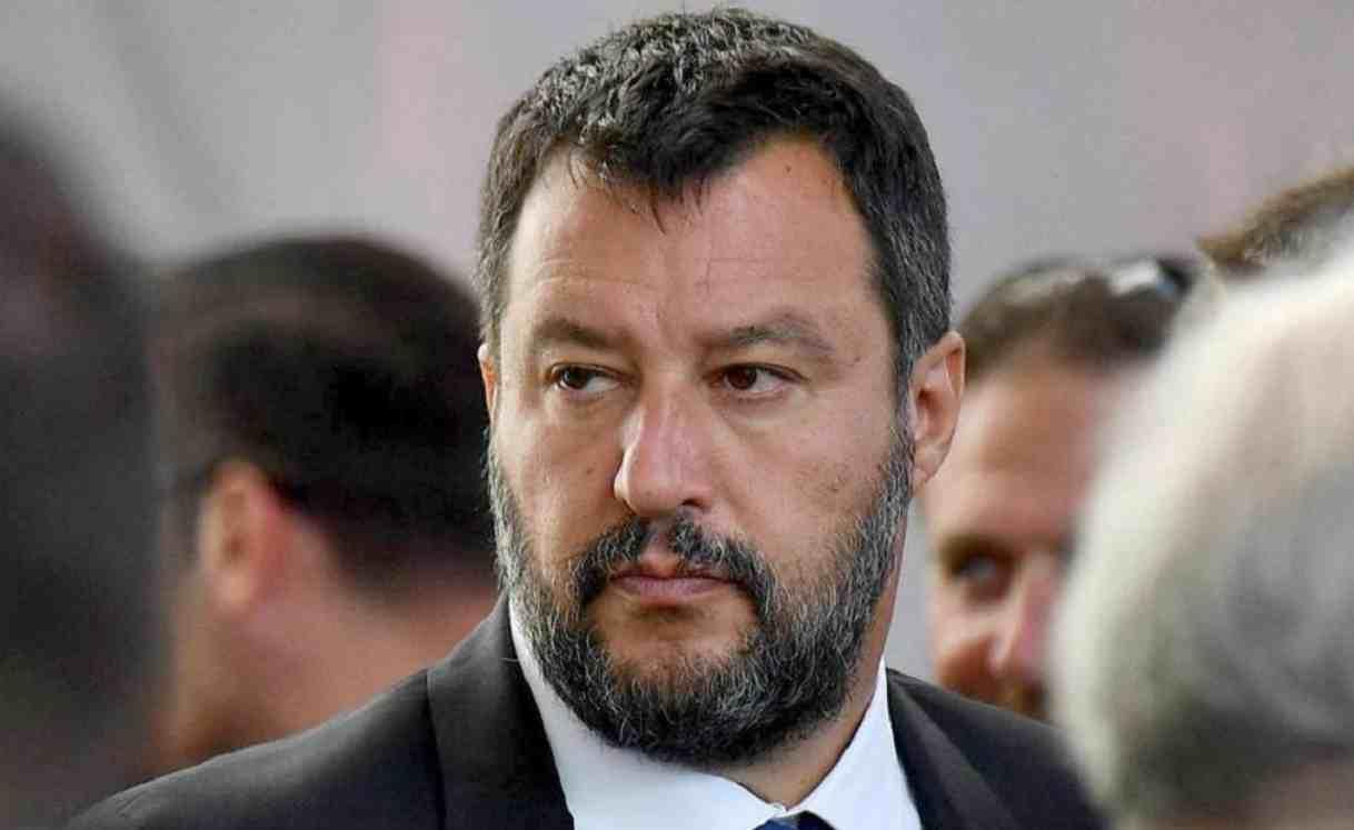 Venezia, il bacio tra Matteo Salvini e la fidanzata Francesca
